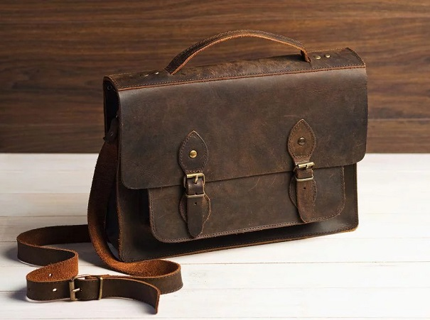 leather messenger bags manufacturer in Baddeck
