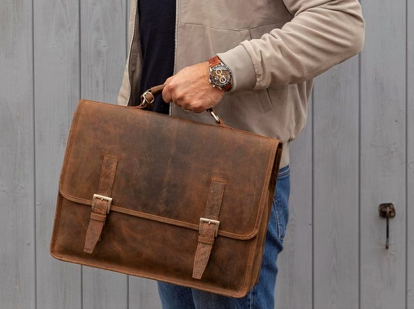 leather laptop bags manufacturer in Costa-Mesa